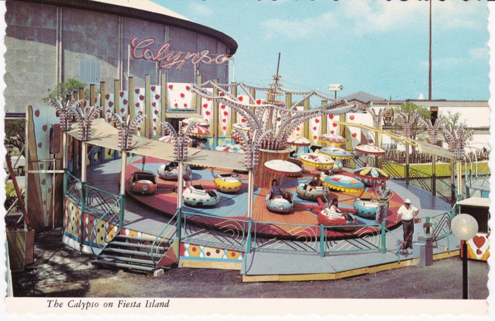 HF230_The_Calypso_on_Fiesta_Island.thumb