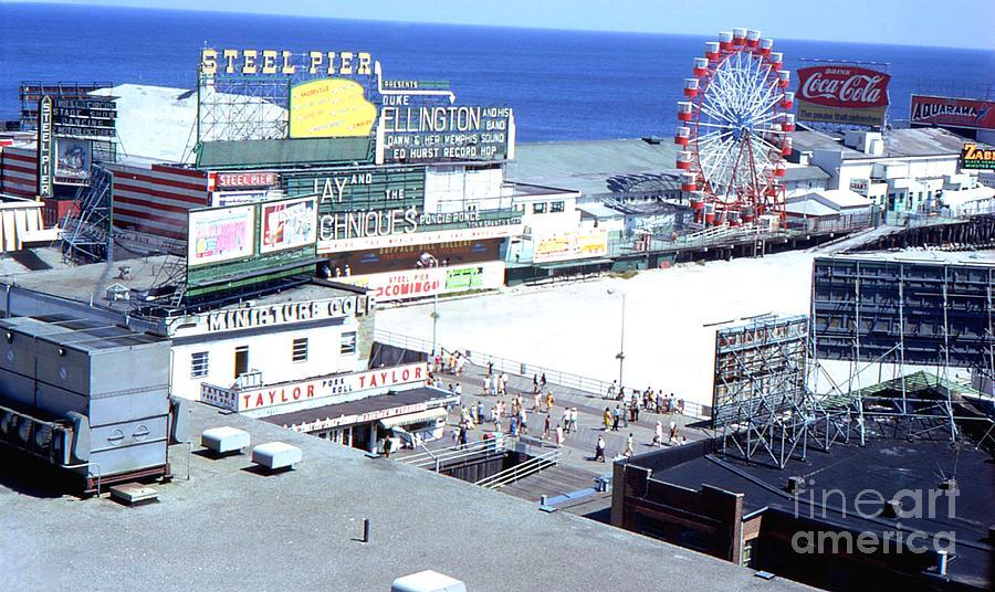 steel-pier-atlantic-city-1968-bobby-cole.jpg