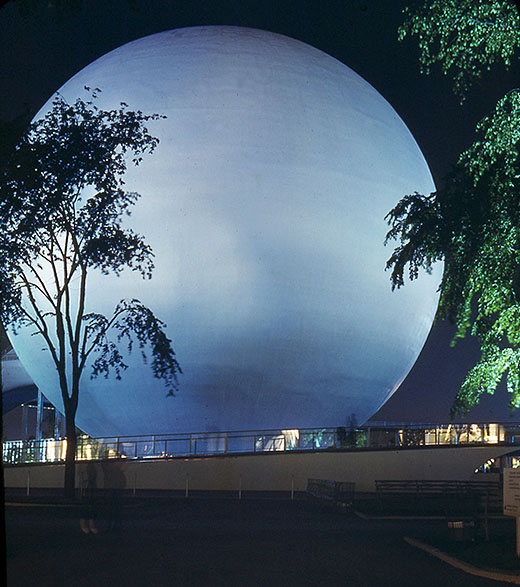 7The Perisphere at the New York World's Fair 1939 for Carl.jpg