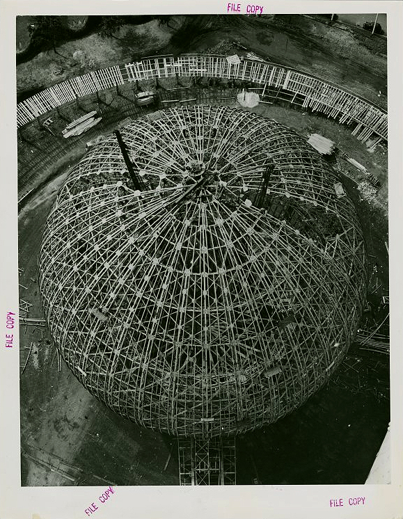 1938 Perisphere from Trylon Tip 1938.jpg
